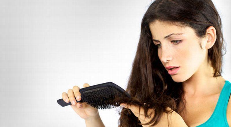 https: img-o.okeinfo.net content 2014 12 29 83 1085191 perawatan-sederhana-atasi-rambut-kering-PfZEc7VZPr.jpg