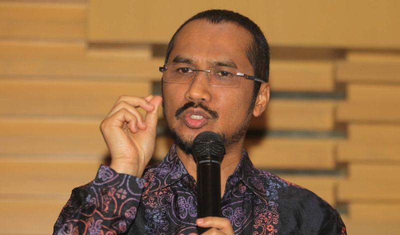 https: img-o.okeinfo.net content 2015 02 17 17 1106821 abraham-samad-advokat-pemberantas-korupsi-JNarurlolG.jpg