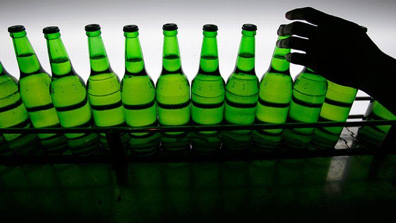 https: img-o.okeinfo.net content 2015 03 21 320 1122123 dilarang-jual-minuman-beralkohol-pengusaha-bali-protes-no3qTDpQAR.jpg