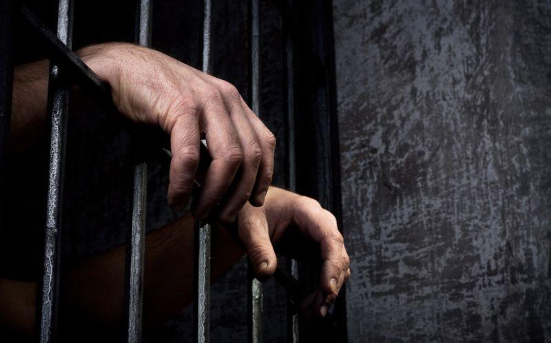 https: img-o.okeinfo.net content 2015 08 08 340 1192713 sakit-perut-tahanan-narkoba-polres-karo-tewas-DB1GawkxxC.jpg