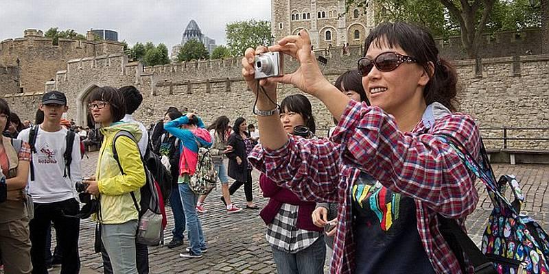https: img-o.okeinfo.net content 2015 08 14 406 1196190 10-juta-turis-china-target-arief-yahya-E6chmIMyPe.jpg