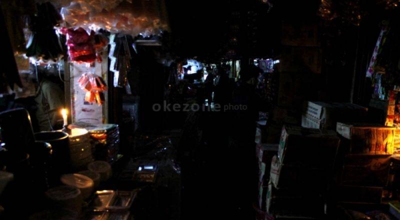 https: img-o.okeinfo.net content 2015 10 26 19 1238200 pltgu-muara-karang-priok-gangguan-pln-lakukan-pemadaman-listrik-SmQWLTJxCU.jpg