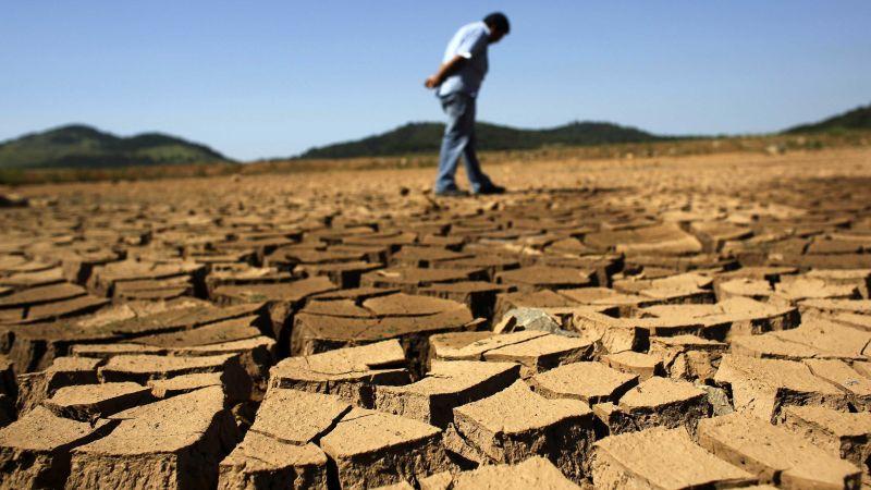 https: img-o.okeinfo.net content 2015 11 09 56 1246396 perubahan-iklim-ciptakan-kenaikan-kemiskinan-hingga-100-juta-orang-vbho7KhGTZ.jpg