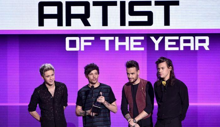 https: img-o.okeinfo.net content 2015 11 23 205 1254268 one-direction-menang-besar-di-american-music-awards-saTxuMVQ8o.jpg