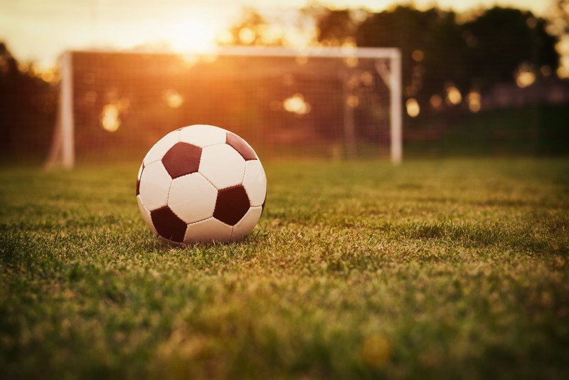 https: img-o.okeinfo.net content 2016 04 06 49 1355464 menanti-kompetisi-sepakbola-di-indonesia-nEZR0dzesP.jpg