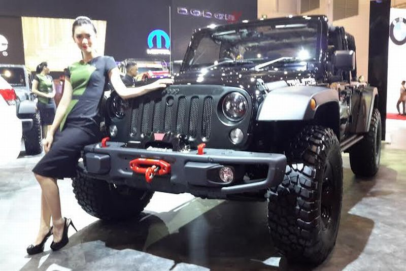 https: img-o.okeinfo.net content 2016 04 08 15 1357541 jeep-wrangler-trailstorm-special-edition-meluncur-di-iims-2016-bCcRa5cfg0.jpg