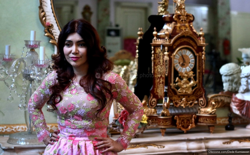 https: img-o.okeinfo.net content 2016 04 23 194 1370711 top-fashion-5-2-pahlawan-kecantikan-di-indonesia-UHclt8u3NA.jpg