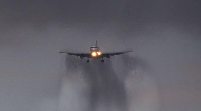 https: img-o.okeinfo.net content 2016 05 07 340 1382343 ini-kronologi-turbulensi-hong-kong-airlines-di-langit-kalimantan-KryVSsi4xg.jpg