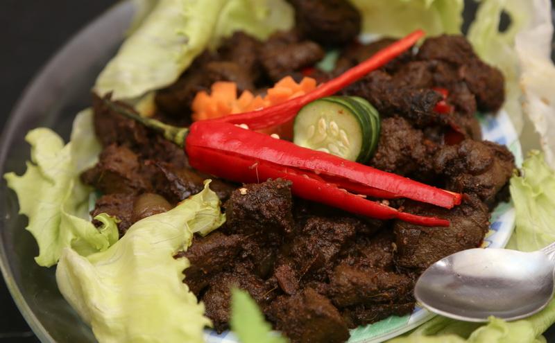 https: img-o.okeinfo.net content 2016 05 26 298 1397887 jelang-indonesian-weekend-chef-degan-belanja-di-pasar-tradisional-london-2pgCyQzGp5.jpg