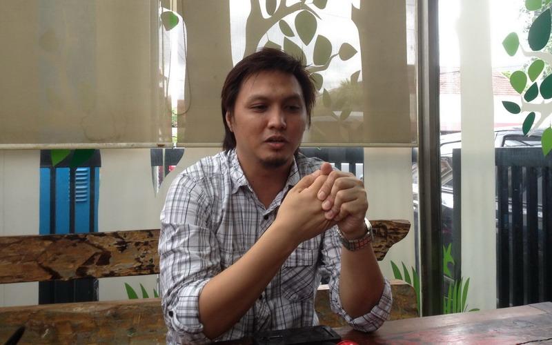 https: img-o.okeinfo.net content 2016 05 31 205 1402030 ditinggal-ibunda-icha-jikustik-garap-lagu-bowaCq6KTu.jpg