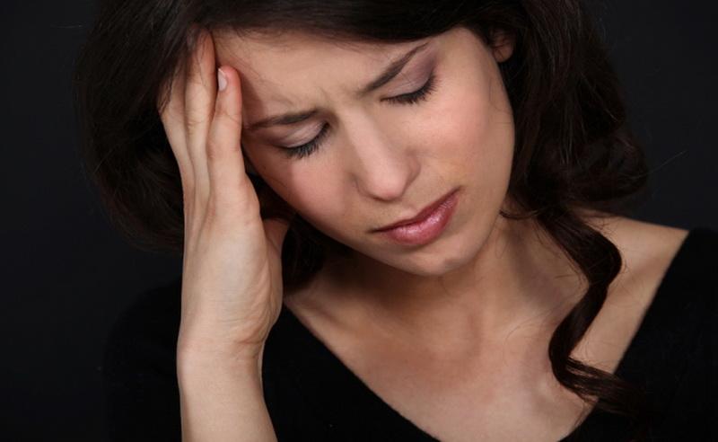 https: img-o.okeinfo.net content 2016 06 03 481 1405334 sering-migrain-wanita-berisiko-terkena-penyakit-jantung-T083HGdkYf.jpg
