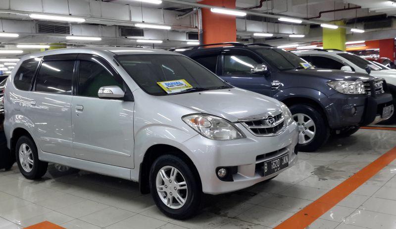 https: img-o.okeinfo.net content 2016 06 08 15 1409004 bisnis-taksi-online-dongkrak-penjualan-mobil-bekas-avanza-paling-dicari-iRm84mJFQ9.jpg