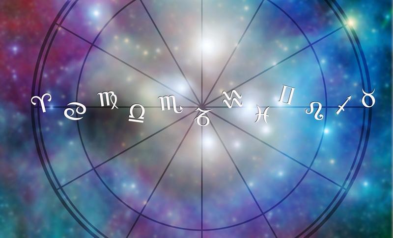 https: img-o.okeinfo.net content 2016 07 23 31 1445279 zodiak-sabtu-cancer-leo-V00P2FDbvo.jpg