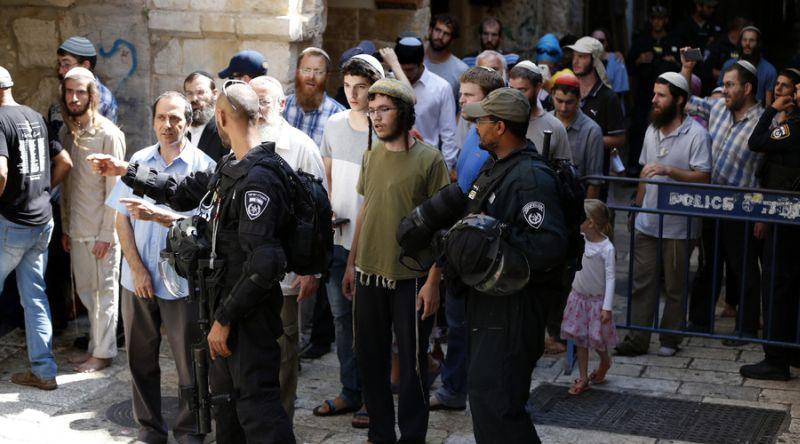 https: img-o.okeinfo.net content 2016 08 15 18 1463703 ratusan-yahudi-masuki-masjidil-aqsa-15-warga-palestina-terluka-w693873zGB.jpg