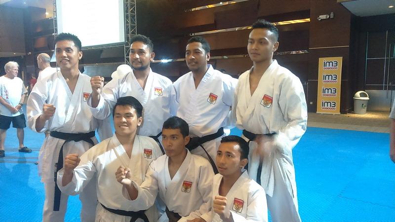 https: img-o.okeinfo.net content 2016 08 28 43 1475041 tim-kumite-indonesia-akui-keunggulan-teknik-tim-jepang-UrPOheIU1s.jpg