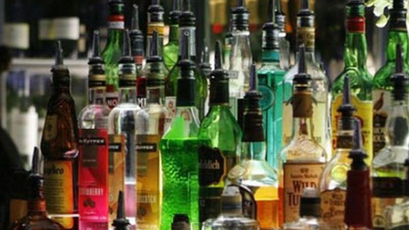 https: img-o.okeinfo.net content 2016 09 21 320 1495112 ylki-nilai-ada-kepentingan-politik-dalam-pelarangan-minuman-alkohol-n59PMa3RsV.jpg