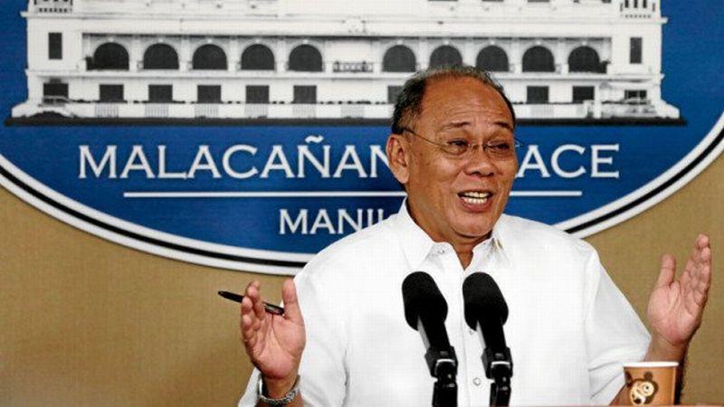 https: img-o.okeinfo.net content 2016 10 01 18 1503858 jubir-presiden-filipina-duterte-tidak-boleh-disamakan-dengan-hitler-5GoQszhVcA.jpg