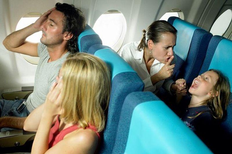 https img o.okeinfo.net content 2016 10 17 406 1517026 maskapai ini membuat area bebas anak di kabin pesawat vPKvkLiUPM.jpg