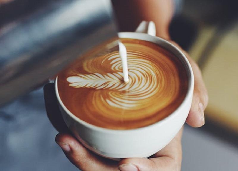 https: img-o.okeinfo.net content 2017 01 17 298 1593644 barista-tidak-akan-pesan-ini-di-coffee-shop-qvqZGab0CE.jpg