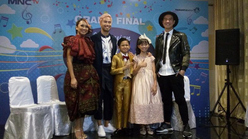 https: img-o.okeinfo.net content 2017 03 05 205 1634820 indonesian-idol-junior-2017-juri-sudah-prediksi-sharon-dan-navis-masuk-grand-final-S8II81drd7.jpg