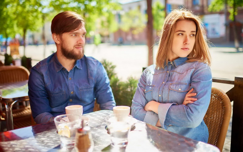 https: img-o.okeinfo.net content 2017 03 21 196 1648105 ladies-jangan-terpancing-untuk-melawan-suami-ketika-bertengkar-segera-pikirkan-ini-saja-1YTk973VGK.jpg