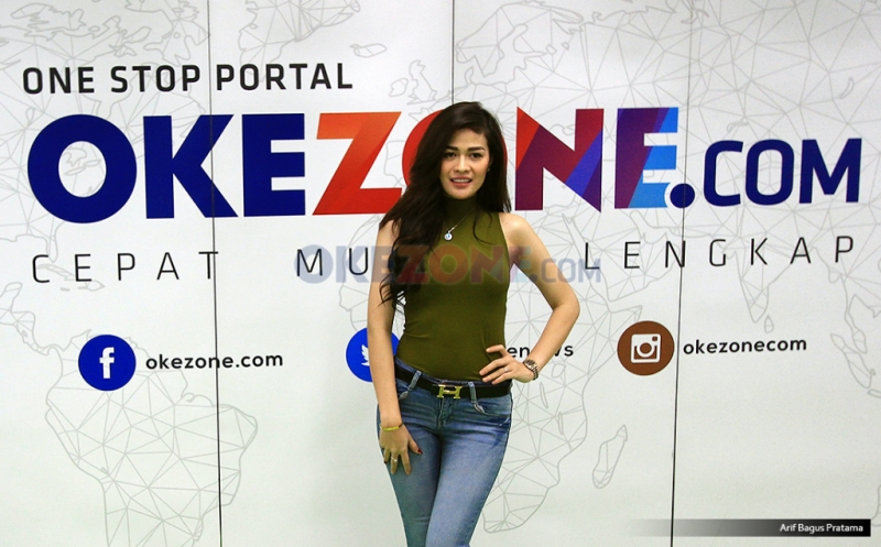 https: img-o.okeinfo.net content 2017 03 23 205 1649569 hesty-klepek-klepek-akui-dibuat-capek-sama-daryono-jgvEqmMr6k.jpg