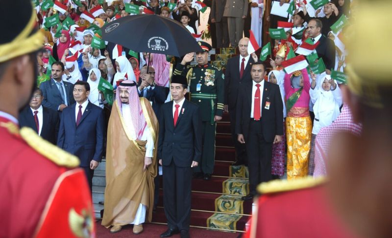 https: img-o.okeinfo.net content 2017 04 15 20 1668306 fenomena-investasi-china-dapat-rp870-triliun-vs-indonesia-rp93-triliun-dari-raja-arab-cxXPpcWezG.jpg