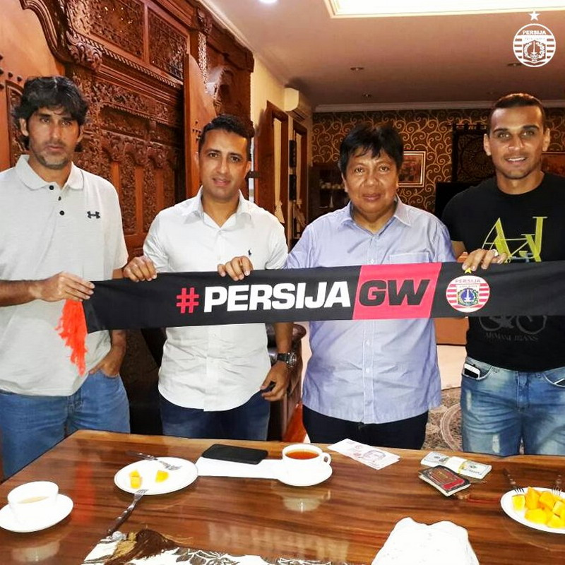 https: img-o.okeinfo.net content 2017 04 21 49 1673323 bruno-lopes-marquee-player-persija-jakarta-OyqGD3GTTP.jpg
