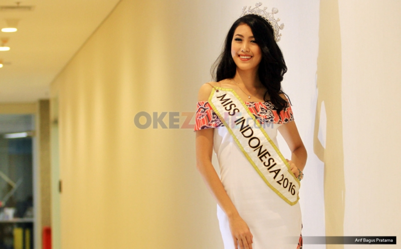 https: img-o.okeinfo.net content 2017 05 05 33 1684421 ini-kesibukan-baru-natasha-mannuela-setelah-menjadi-miss-indonesia-2016-GNSZfETyXm.jpg