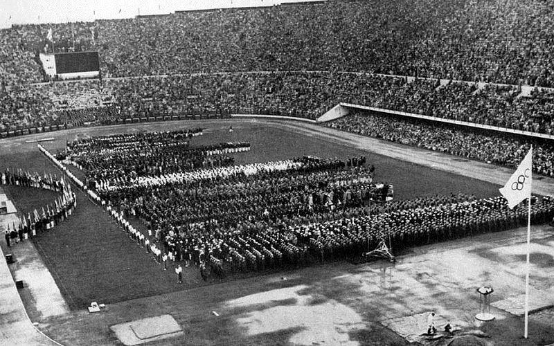 https: img-o.okeinfo.net content 2017 05 26 337 1700419 top-files-pertama-kali-ikut-olimpiade-indonesia-hanya-kirim-tiga-atlet-siapa-saja-mereka-XWZ2MuBsFt.jpg