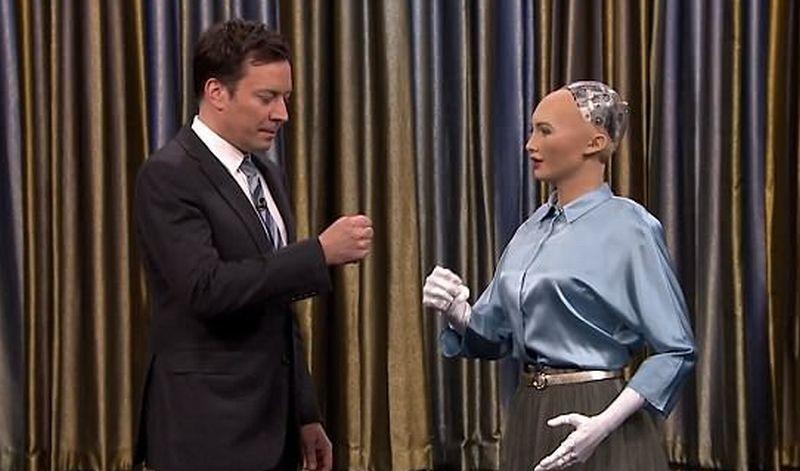 https: img-o.okeinfo.net content 2017 06 16 56 1718187 robot-ini-diundang-ke-acara-talk-show-q4azi8sQqs.jpg