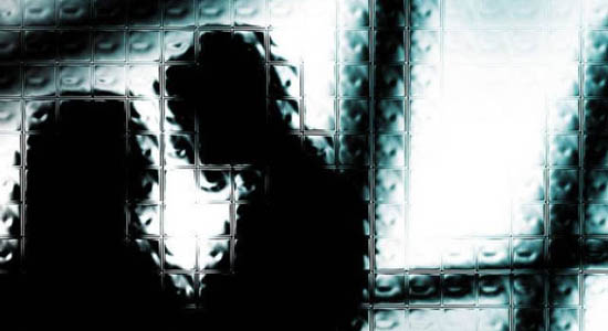https: img-o.okeinfo.net content 2017 07 11 340 1733457 rasain-ciumi-pipi-anak-gadis-arsyad-dilaporkan-ke-polisi-dwkXJ8qgMl.jpg