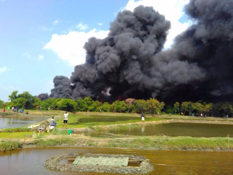 https: img-o.okeinfo.net content 2017 07 17 512 1738492 antisipasi-kebakaran-kapal-diusulkan-di-setiap-kapal-ada-mesin-pemadam-portabel-a7ngOroSq6.jpg