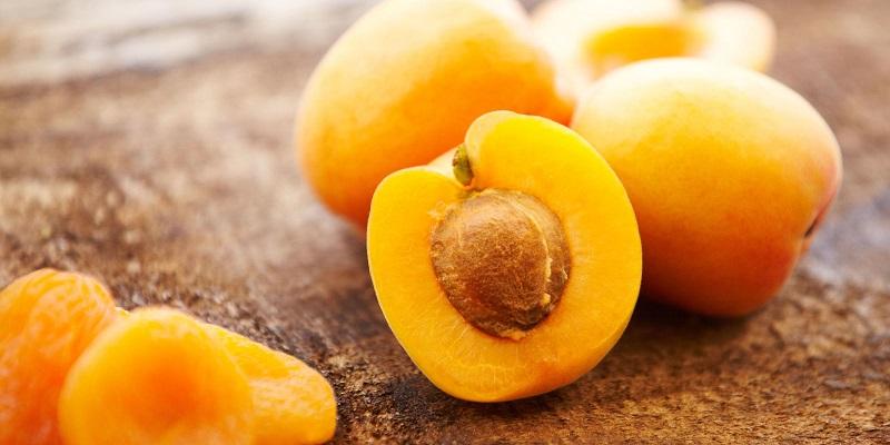 https: img-o.okeinfo.net content 2017 07 22 194 1741942 kaya-vitamin-c-dan-antioksidan-buah-aprikot-mampu-mengatasi-tanda-penuaan-dini-Jn3w64u2jy.jpg