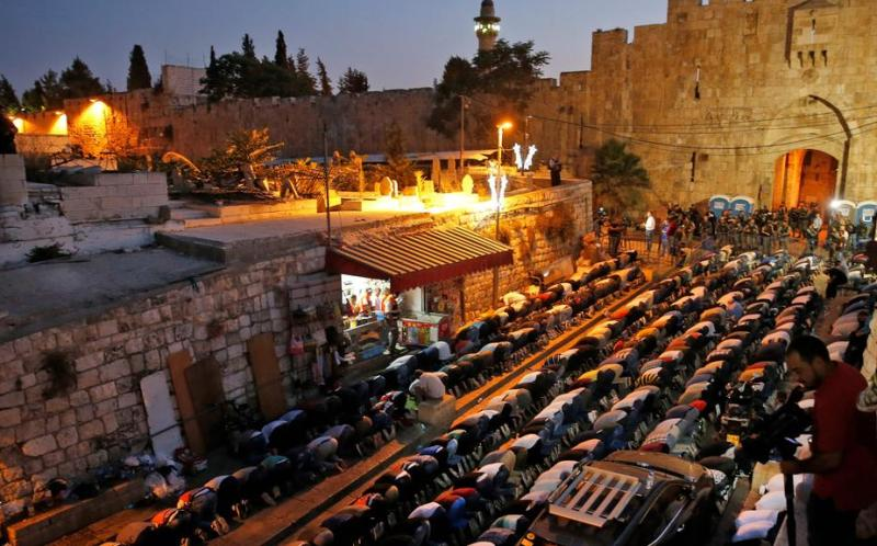 https: img-o.okeinfo.net content 2017 07 27 18 1745168 israel-main-api-di-masjid-al-aqsa-ketika-teluk-arab-sibuk-dengan-krisis-diplomatik-qatar-ki0WeC490q.jpg