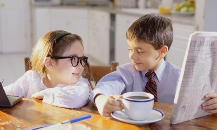https: img-o.okeinfo.net content 2017 08 26 481 1763416 okezone-week-end-dampak-anak-minum-kopi-mulai-dari-hilang-nafsu-makan-merusak-gigi-hingga-hiperaktif-J1bigPVPXc.jpg