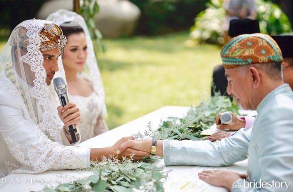 https: img-o.okeinfo.net content 2017 09 03 33 1768386 ups-pernikahan-raisa-dan-hamish-wedding-organizer-hingga-petugas-pengamanan-kompak-tutup-mulut-yiZF0uXcyi.JPG