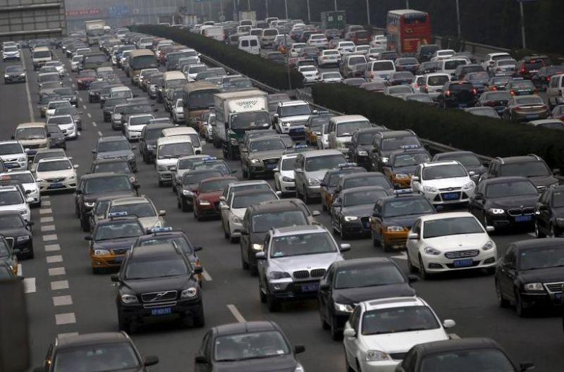 https: img-o.okeinfo.net content 2017 09 11 15 1773352 ikuti-tren-china-cari-waktu-yang-tepat-untuk-hentikan-penjualan-mobil-bensin-diesel-9OYBEct3sa.jpg