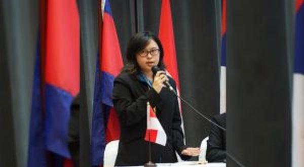 https: img-o.okeinfo.net content 2017 09 12 65 1774249 tepuk-tangan-mahasiswa-indonesia-juarai-lomba-debat-tingkat-asean-OvDL2dpSCi.jpg