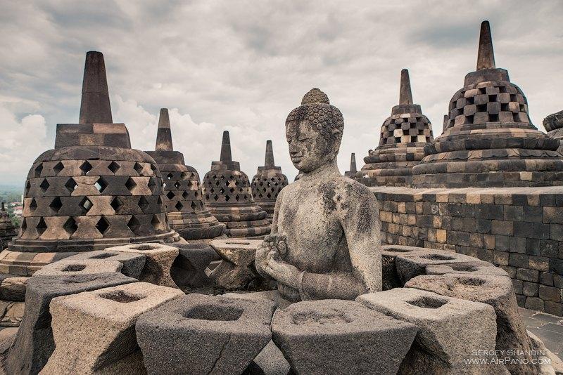 https: img-o.okeinfo.net content 2017 09 13 406 1775208 gandeng-magelang-jadi-sister-city-nepal-akan-kembangkan-wisata-religi-umat-budha-di-indonesia-2qzLLP6igr.jpg