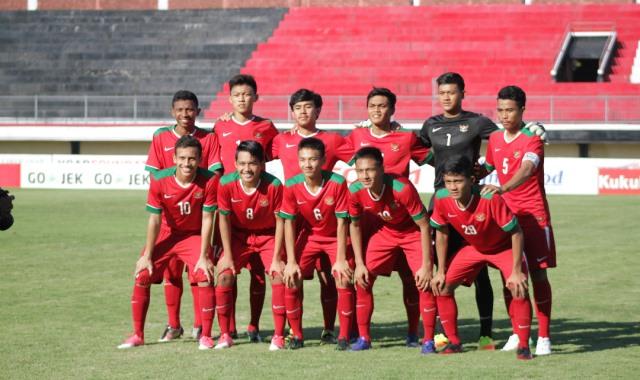 https: img-o.okeinfo.net content 2017 09 13 51 1775378 myanmar-tumbangkan-vietnam-2-1-indonesia-jumpa-thailand-di-semifinal-piala-aff-u-18-2017-hiGRXH76ro.jpg