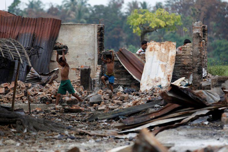 https: img-o.okeinfo.net content 2017 09 14 18 1775757 nah-lho-myanmar-akui-471-desa-rohingya-jadi-target-operasi-pembersihan-tentara-VJYhVIXiC8.jpg
