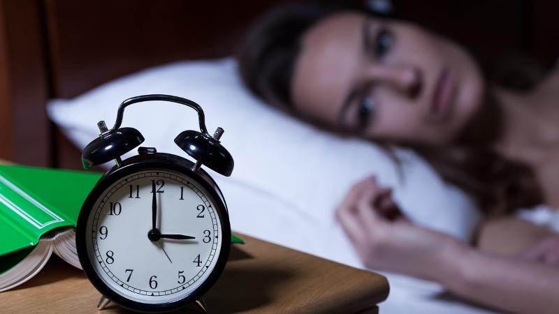 https: img-o.okeinfo.net content 2017 09 18 298 1778485 punya-insomnia-berikut-resep-lezat-yang-bisa-membantu-anda-tidur-nyenyak-di-malam-hari-Upy663AGSe.jpg
