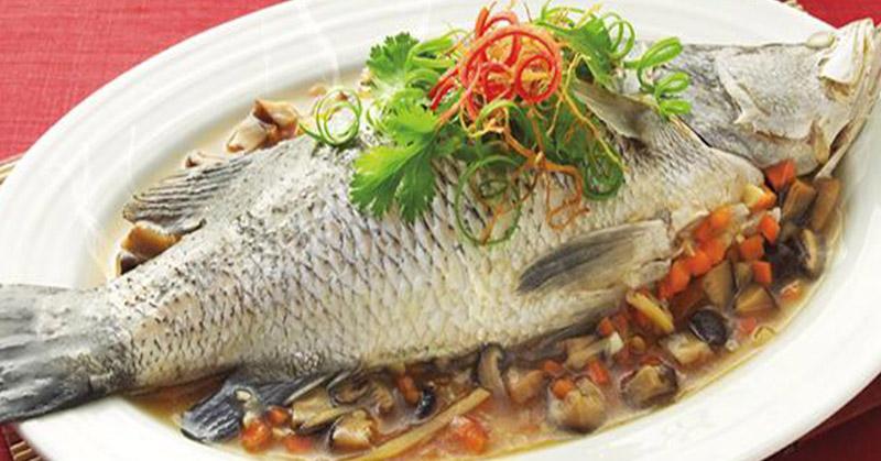 https: img-o.okeinfo.net content 2017 09 20 298 1779851 5-makanan-sebaiknya-tidak-dipesan-saat-makan-di-restoran-jangan-pesan-ikan-di-hari-senin-hKPXL5Q7Yr.jpg