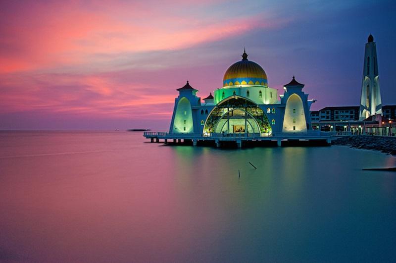 https: img-o.okeinfo.net content 2017 09 21 406 1780207 tahun-baru-islam-perayaan-tahun-baru-islam-di-berbagai-negara-mulai-dari-arab-saudi-hingga-malaysia-DBbA7G5BEA.jpg