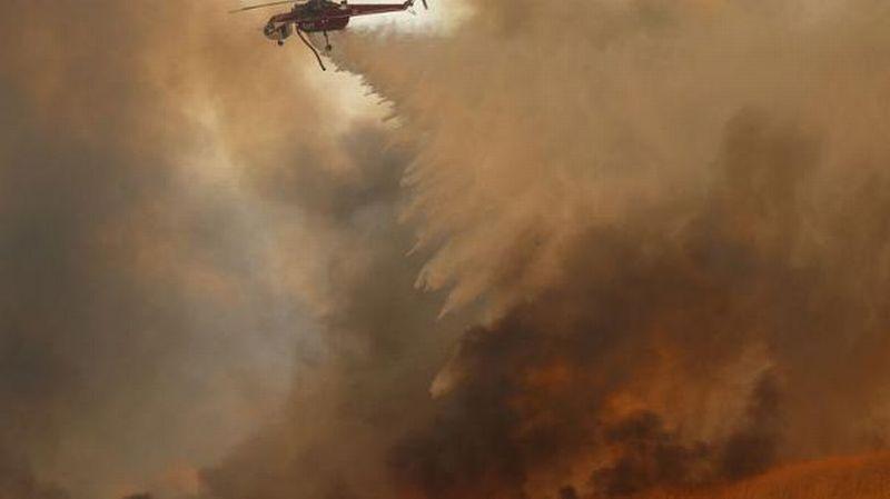 https: img-o.okeinfo.net content 2017 10 10 18 1792326 kebakaran-besar-di-california-memakan-10-korban-jiwa-dan-20-000-lainnya-harus-mengungsi-m9kmbRDiXt.jpg