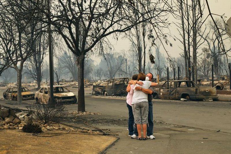 https: img-o.okeinfo.net content 2017 10 11 18 1793280 korban-terus-bertambah-kebakaran-di-california-tewaskan-17-orang-Wmr7L1Er5K.jpg