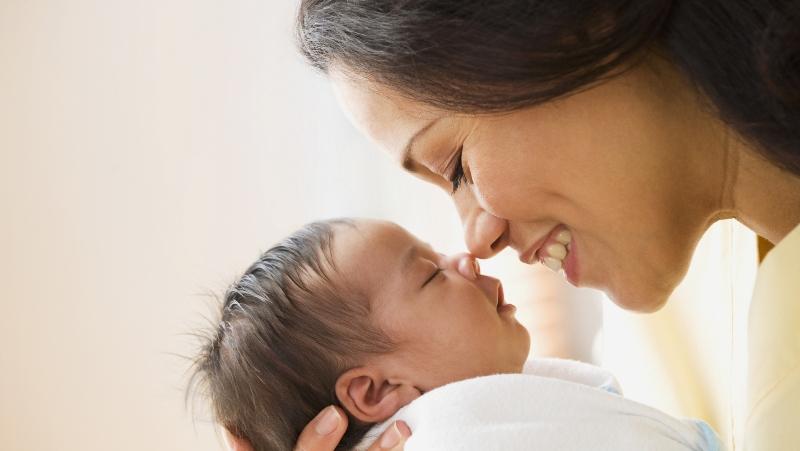 https: img-o.okeinfo.net content 2017 10 13 196 1795191 yuk-simak-tahapan-belajar-sebagai-new-mom-yang-tak-ada-di-buku-parenting-gaz9BO0VKj.jpg