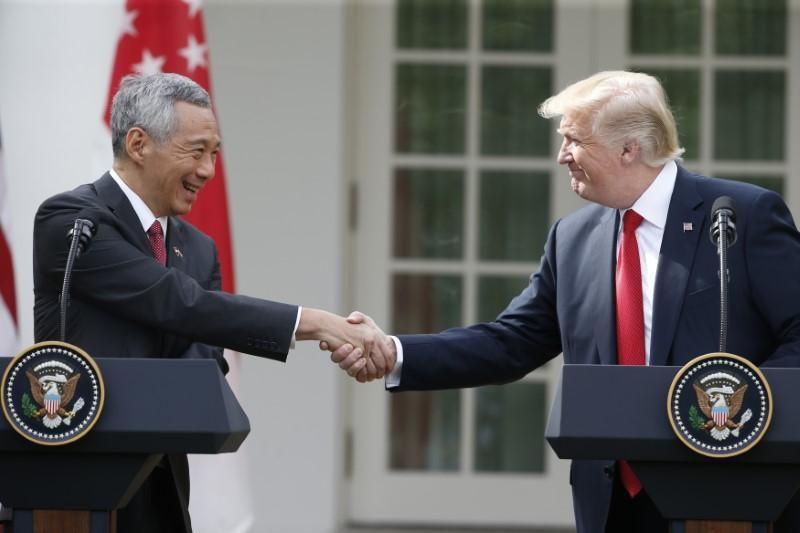 https: img-o.okeinfo.net content 2017 10 24 18 1801189 adakan-pertemuan-dengan-presiden-as-pm-singapura-tekankan-dialog-terhadap-korut-harus-tetap-dilakukan-YFVYVsmdry.jpg