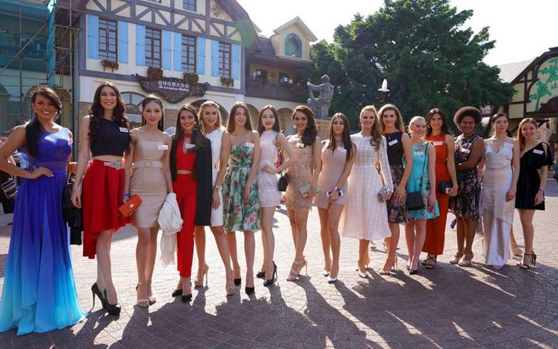 https: img-o.okeinfo.net content 2017 10 26 406 1802928 antusiasme-ratusan-wanita-cantik-kontestan-miss-world-2017-hadiri-forum-pengusaha-wanita-di-shenzhen-y07UYvfN50.jpg